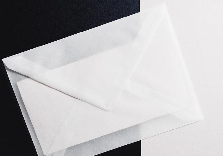 hochzeit-black-white-einladung-huelle