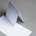 Metallics gebürstet Karten 150 x 150 mm hochdoppelt Silberweiss