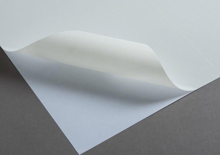 etiektten-im-format-105-x-74-mm