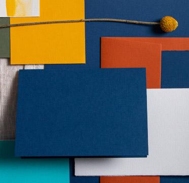 papiere-pantone-farbe-des-jahres-classic-blue