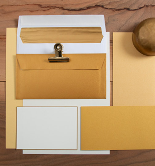 papiere-in-der-farbe-gold