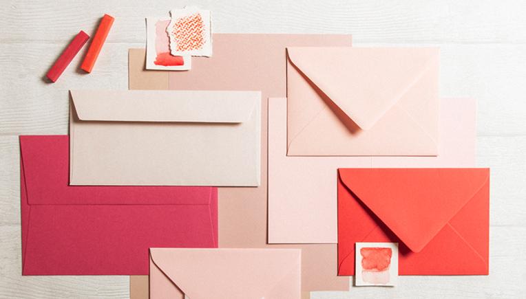 papiere-in-der-farbe-rosa-pink-violett