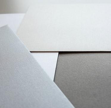 papier-in-der-farbe-silber