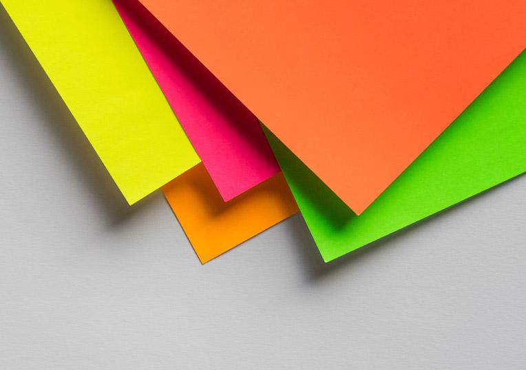 ultra-neon-papier